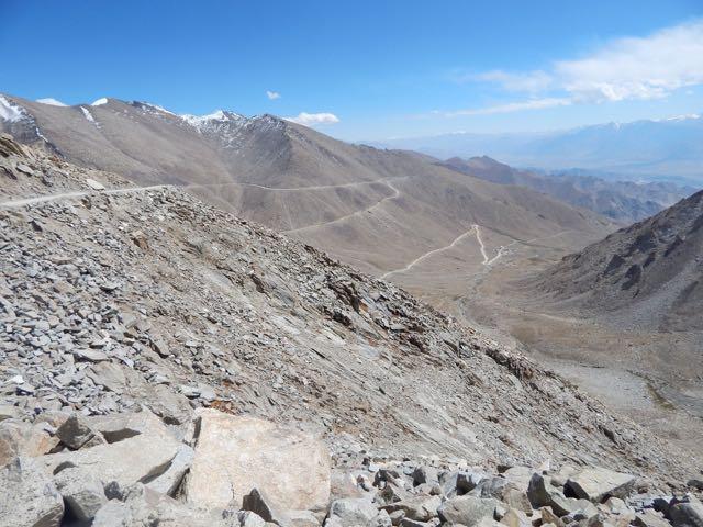 Khardongla Pass mountain bike - 6 of 16