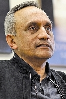 Manoj_Bhargava,_Founder,_5-hour_ENERGY