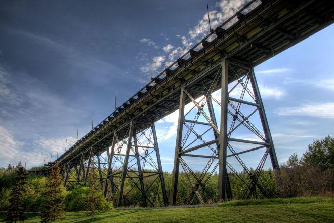 High_level_Bridge_Edmonton_Alberta_Canada_09