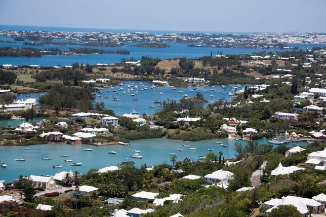 view_from_top_of_gibbs_lighthouse_bermuda