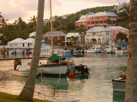 bermuda-flatts_village_02