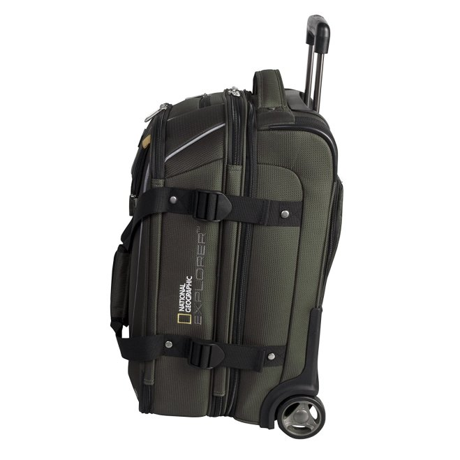 national-geographic-explorer-20%22-wheeled-expandable-carry-on